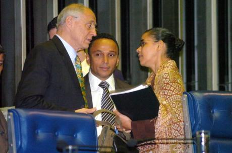 Suplicy, Sibá e Marina em conversa no Senado.
